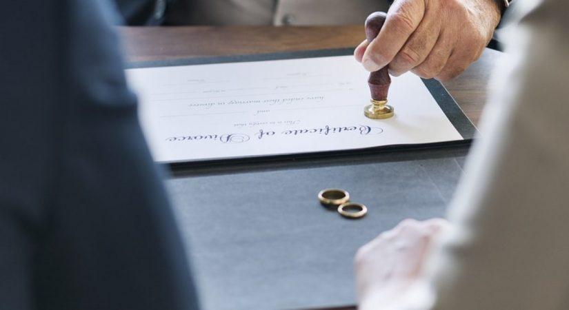 #acte_mariage_suspendu_algerie